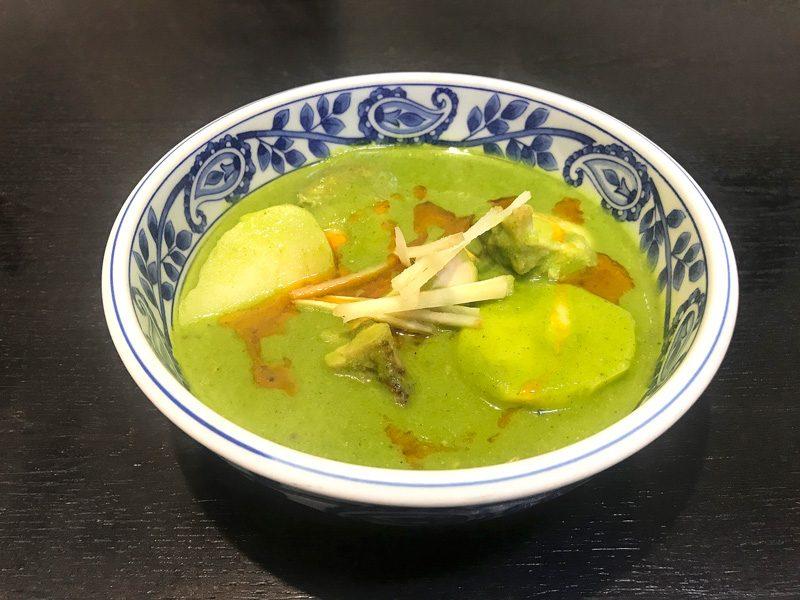 上野店 金曜日のカレー「チキン コリアンダー マサラ」