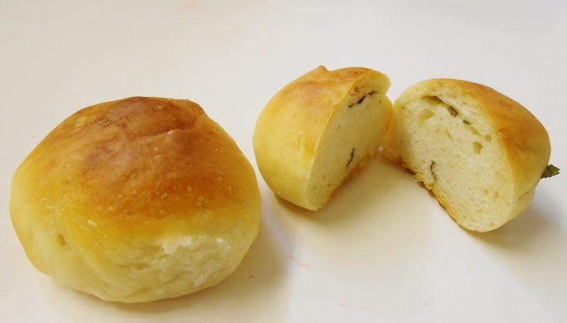 カレーリーフパン